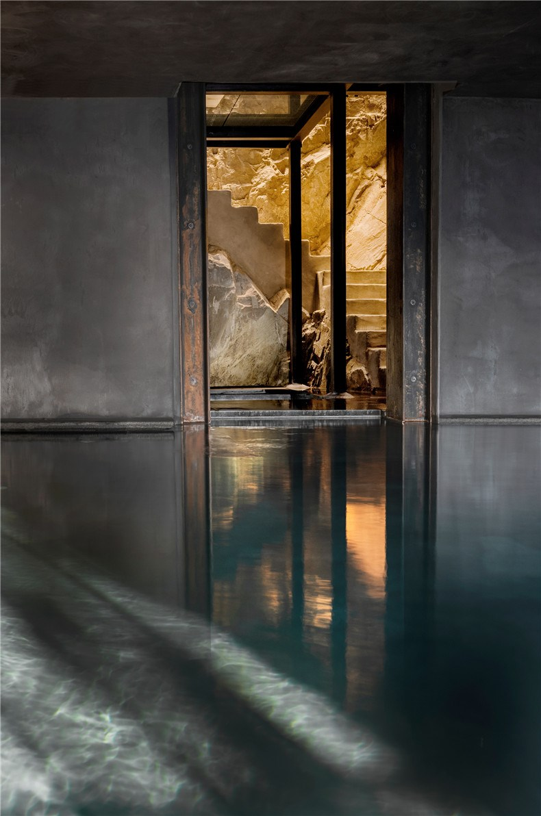 monteverdi-tuscany-bouique-hotel-michael-cioffi-ilaria-miani_dezeen_2364_col_32.jpg
