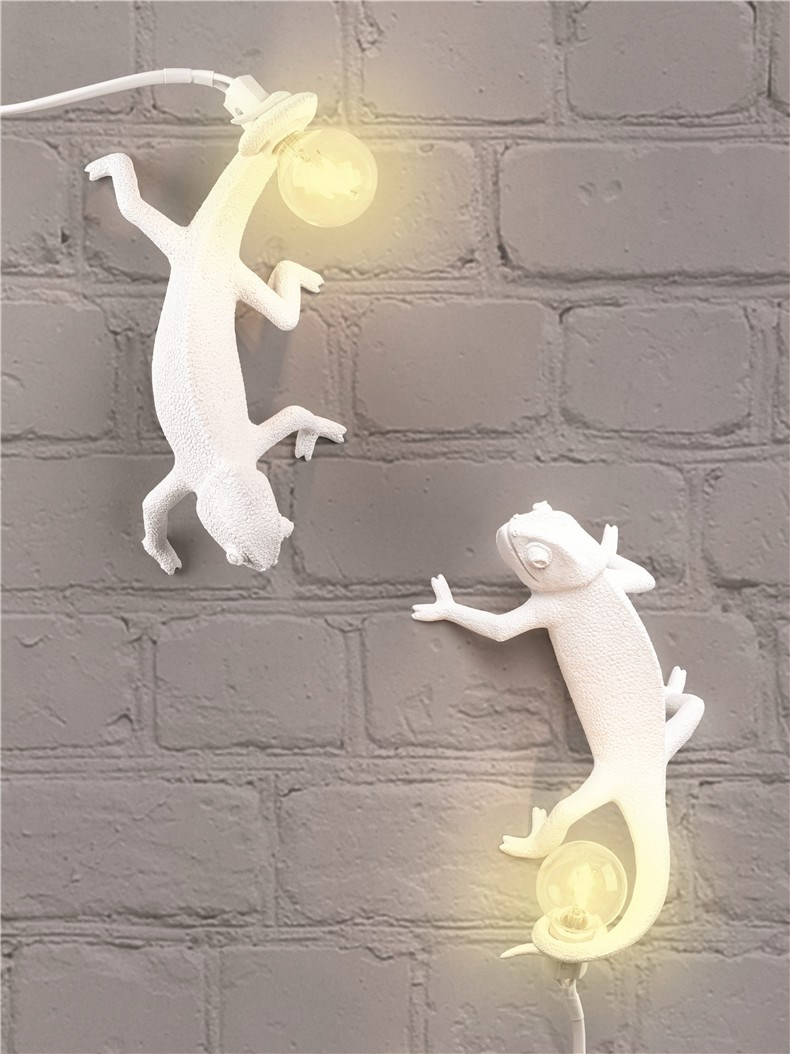 SELETTI_Chameleon Lamp_01.jpg
