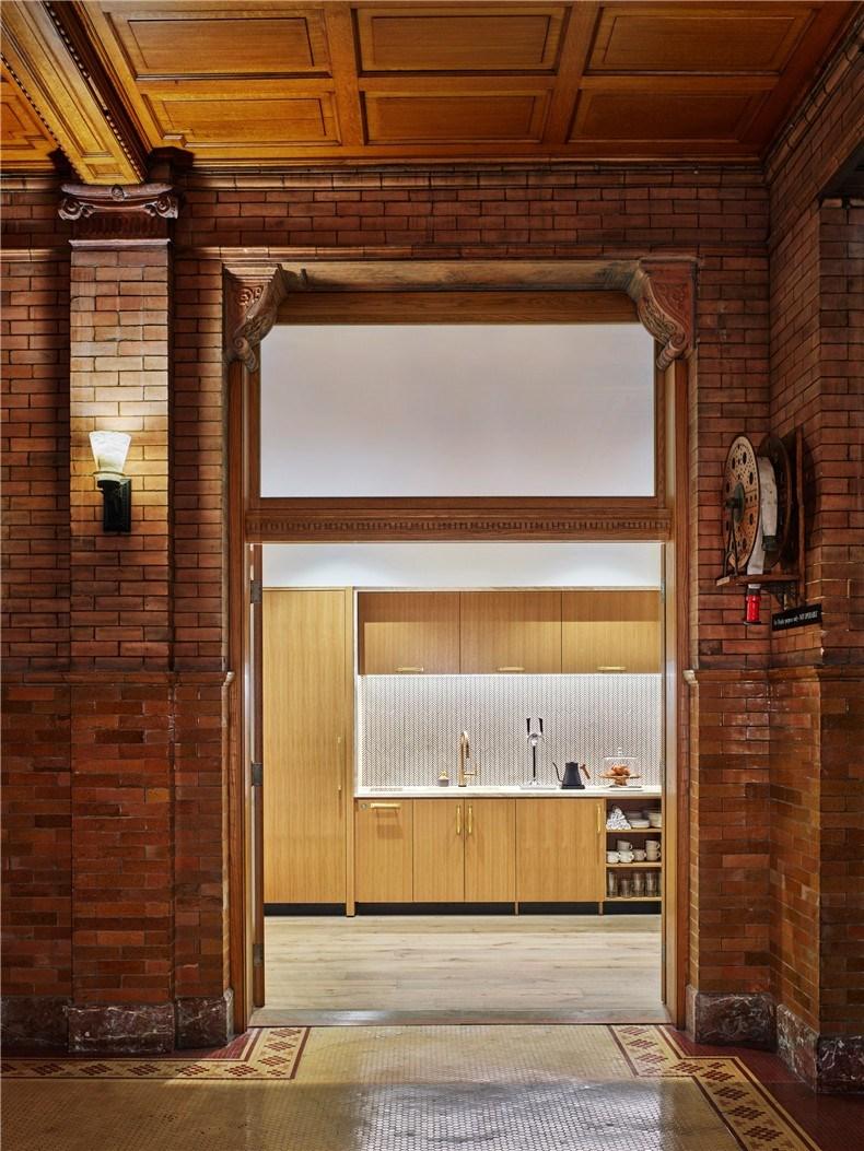 neuehouse-bradbury-building-co-working-designagency-los-angeles-california_dezeen_2364_col_14.jpg