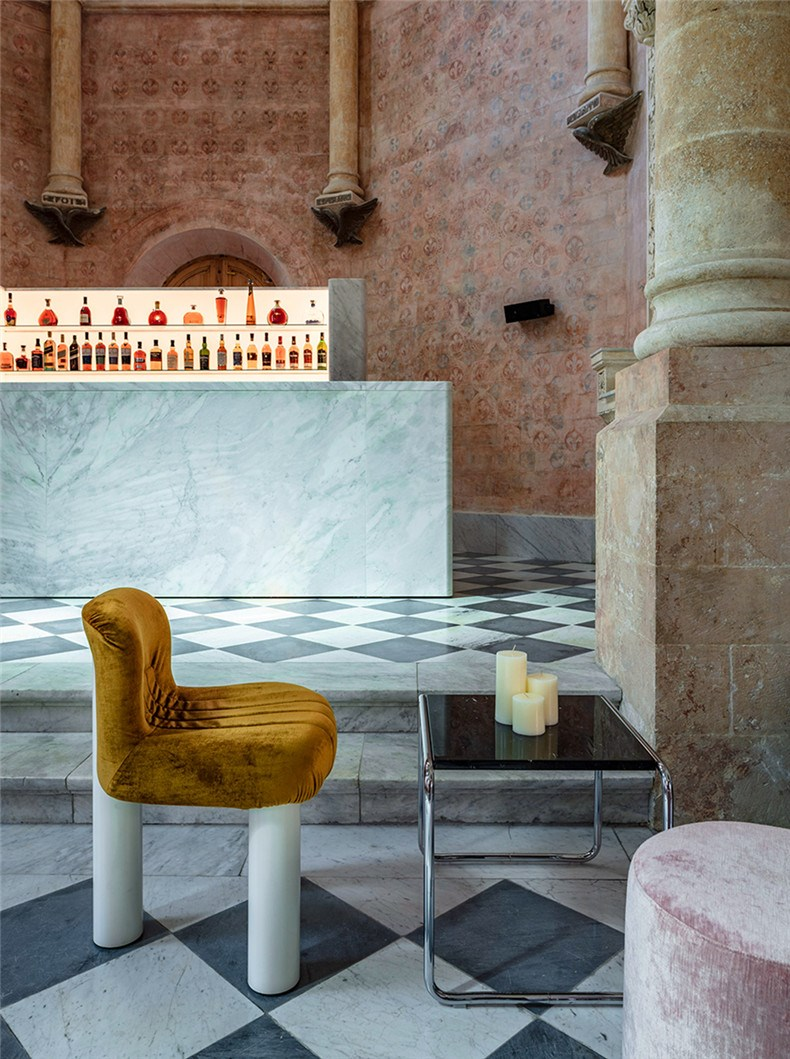 Heimtextil Trends 2021-John Pawson - The Chapel at The Jaffa Hotel.jpg