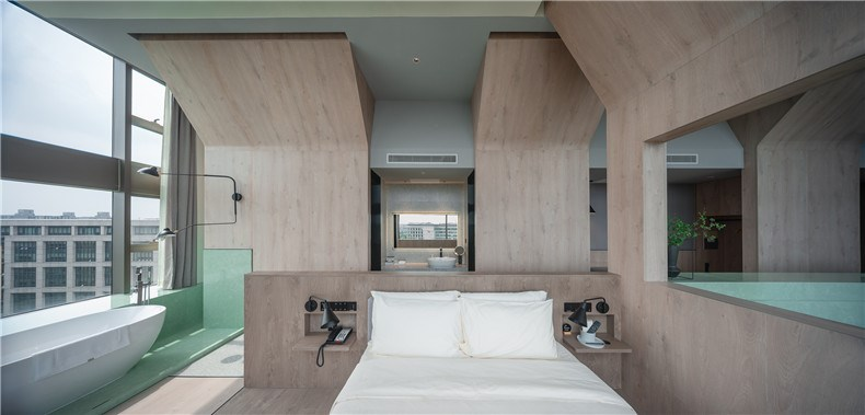 28_BEHIVE_Architects_Atour_Hotel_photographed_by_Wu_QingShan.jpg